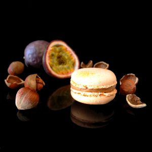 Macaron Passionsfrucht-Haselnuss